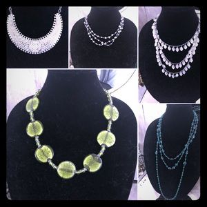 Jewelry - Lot of fashion necklaces